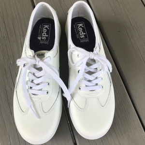 Ked's White Sneakers ~ Like New!